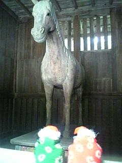 木彫りの馬