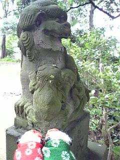 神明神社の狛犬さんI