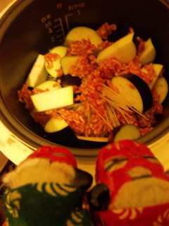 シシ・マイが作る炊飯器パスタ4