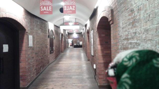 静かなショッピングモール